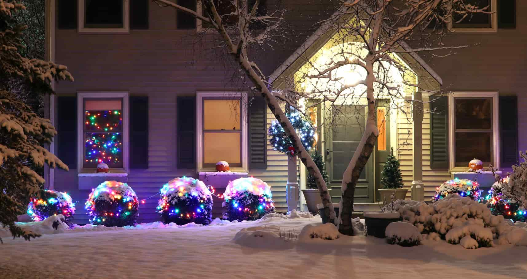 energy-efficient holiday decorating, decorating for the holidays